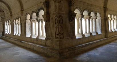 Au frais! Découverte des abbayes en Provence