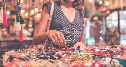 Tour d'horizon des marchés nocturnes de l'été dans le Var