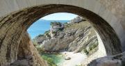 Pointe de Figuerolles : sous le viaduc la plage