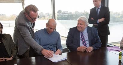 Zinedine Zidane va ouvrir un complexe sportif à Istres