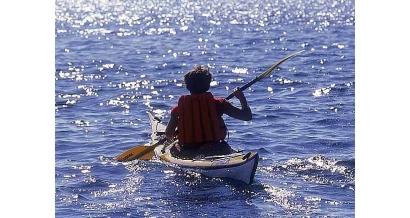 Une base nautique dédiée aux kayaks à Marseille