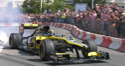 Circuit en ville, concert, feu d'artifice... Saint Raphaël fait les choses en grand pour la F1 ce dimanche