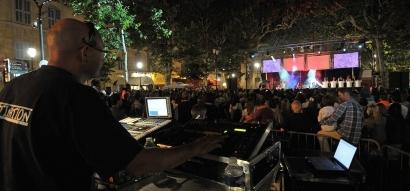 14 juillet à Aix en Provence: pas de feu d'artifice mais un grand bal sur le Cours Mirabeau