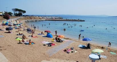 Pollution: les plages de Roquebrune sur Argens interdites à la baignade, le plan POLMAR déclenché