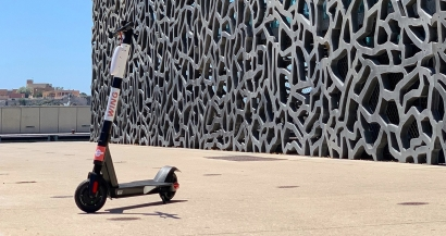 A Marseille, les trottinettes sur les trottoirs c'est fini !