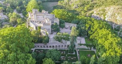 Le Château de la Barben espère rouvrir à l'été 2021 et lance un appel pour le rejoindre