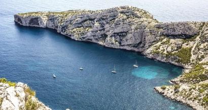 Location de bateaux, escalade, kayak... De nouvelles restrictions dans le Parc National des Calanques