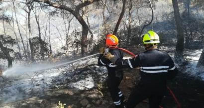 Alerte rouge incendies: tous les massifs des Bouches du Rhône interdits au public ce mardi