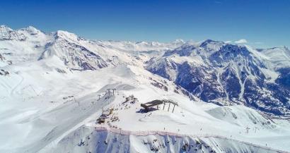 No�l dans les stations de ski: le Conseil d'Etat n'autorise pas les remont�es m�caniques � rouvrir