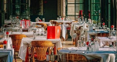 Martine Vassal veut expérimenter une stratégie zero covid dans les restaurants