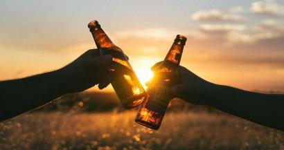 Pas de confinement dans le Var, mais il est désormais interdit de boire des boissons alcoolisées sur la voie publique