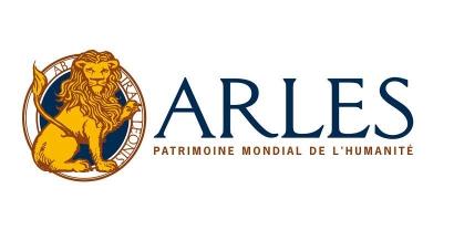 Arles : Face à la crise, la ville offre le stationnement en centre-ville