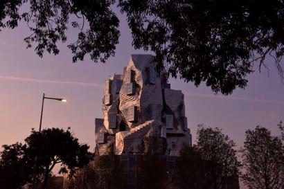 Arles: La Tour Luma ouvrira le 26 juin
