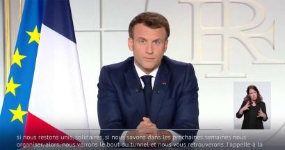 Emmanuel Macron donne rendez-vous à la mi-mai pour une réouverture des lieux de culture et des terrasses