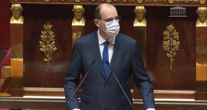 Jean Castex demande aux préfets de fermer les places et lieux trop fréquentés