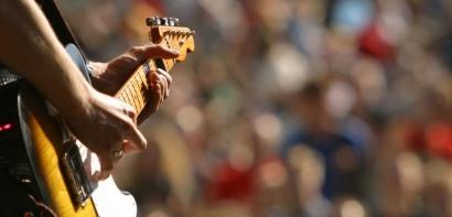 Regroupements limités sur la voie publique, concerts assis... à quoi s'attendre pour la fête de la musique cette année ?