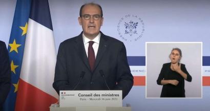 Jean Castex annonce la fin du couvre feu dès dimanche et la fin de l'obligation du port du masque en extérieur