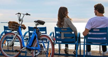 Les vélos électriques en libre service arrivent dans trois nouvelles communes des Alpes Maritimes