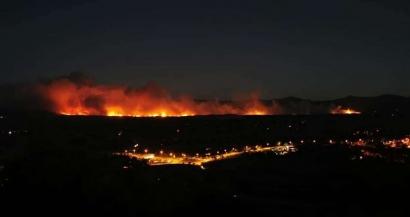 Le massif des Maures ravagé par un important incendie