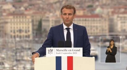 Emmanuel Macron annonce la création de grands studios de cinéma à Marseille