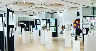 Exposition à Saint Topez : Le Bling Bling n'est pas dans l'art
