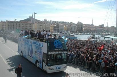 La parade de l'OM sur le Vieux Port en images