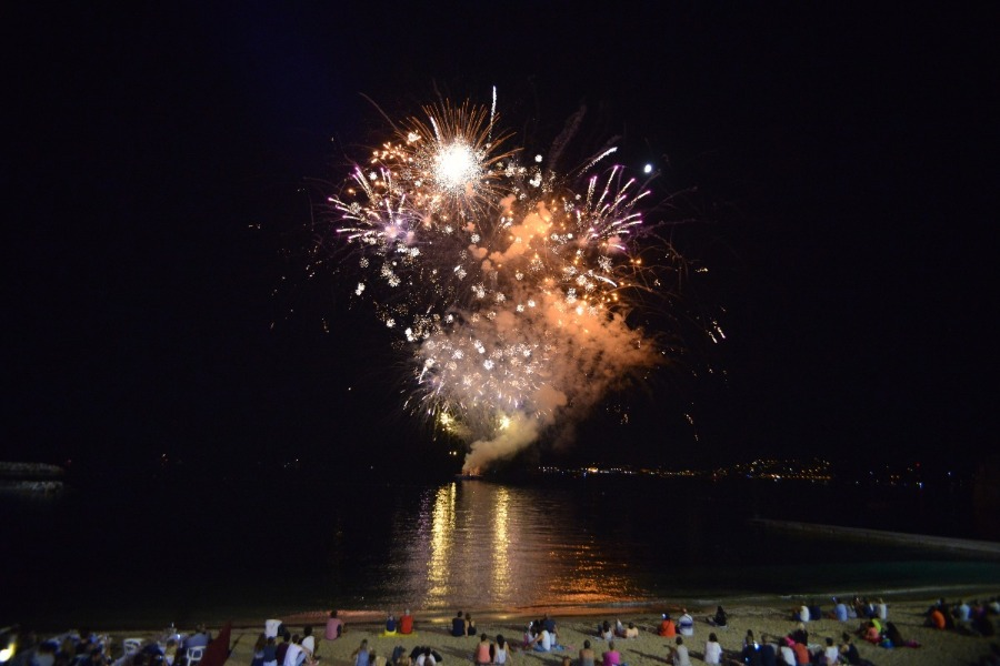 Feu d'artifice du 15 ao�t � Toulon