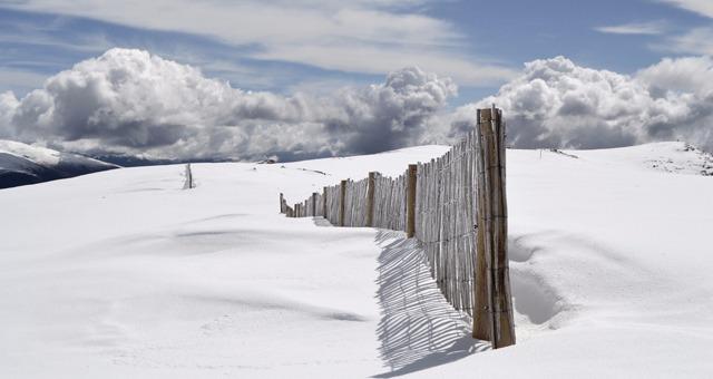 Les stations de ski au domaine skiable partag� dans les Alpes du Sud