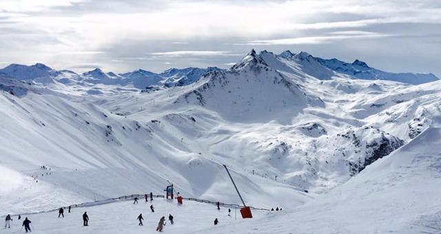 Forfait saison : Analyse et bons plans dans les Alpes du Sud