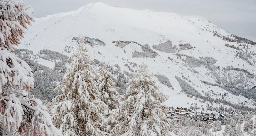 En image: Il est tomb� jusqu'� 40cm de neige ces derni�res heures dans les Alpes du Sud