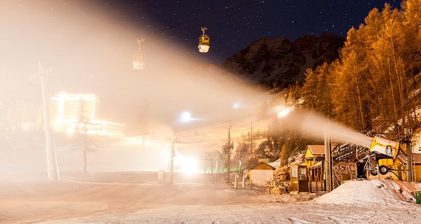 Neige de culture et nouveaux t�l�si�ges: les stations des Alpes du Sud pr�sentent leur nouveaut� pour cette saison