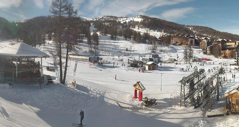 Alpes du Sud: Il n'a pas neig� depuis deux semaines, mais la neige est toujours l�