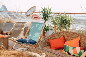Apéro sur un toit à Marseille : l'été au R2