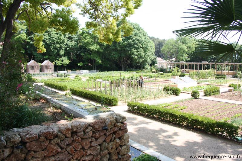 Jardin remarquable le domaine de baudouvin la valette for Jardin remarquable